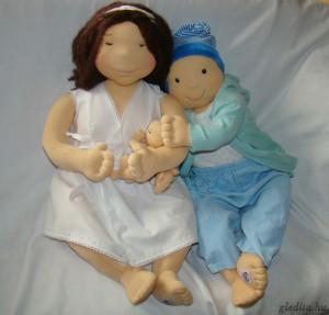 Gledita-Mama szülést bemutató baba és Vice hordozós oktatóbaba
